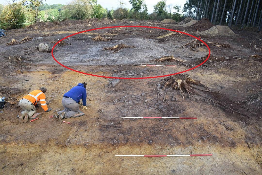Caulnes fouilles voie romaine bois de la haie corseul rieux