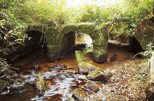 pont-romain-tregrom.jpg