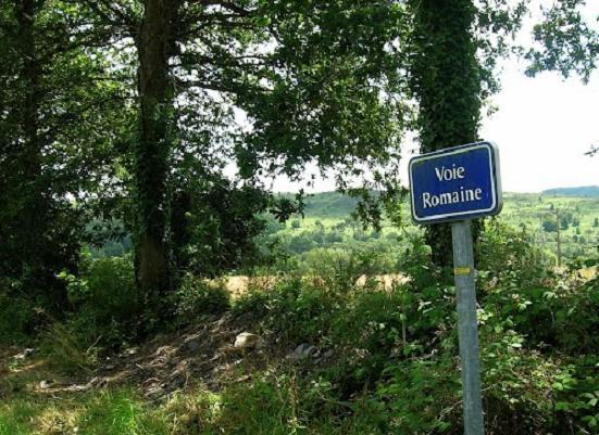 voie-romaine-gouarec.jpg